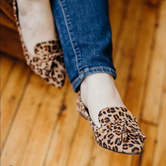 944970fe83c Vegan suede Flats loafer leopard animal